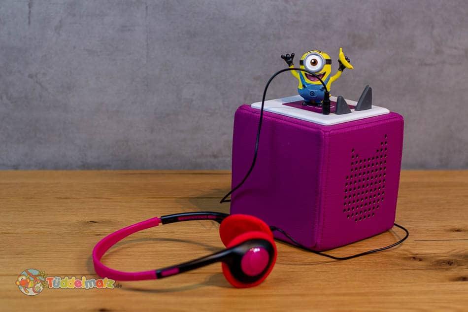 Toniebox mit Kopfhörer und Minion Tonie