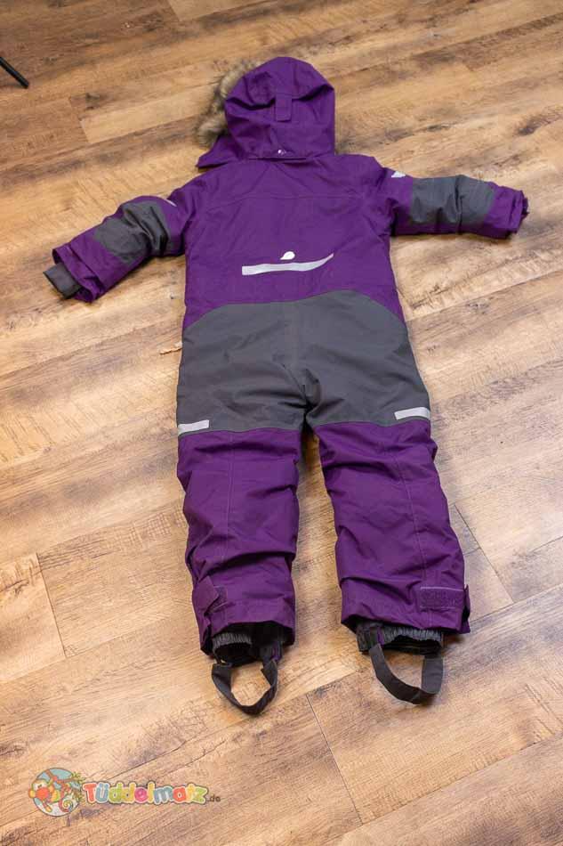 Schneeanzug Didriksons auf dem Boden von hinten